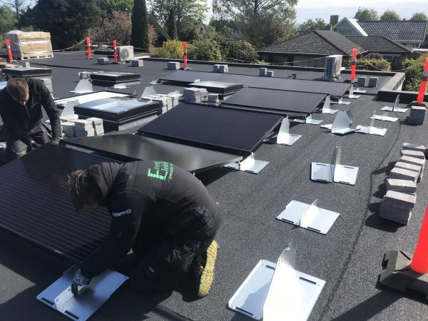 montering af solcellepaneler